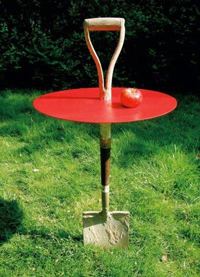 Fredrik Paulsen garden spade table