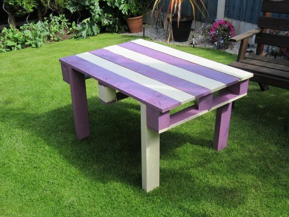 Reclaimed pallet garden table