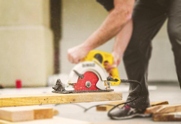 Construction-work-carpenter