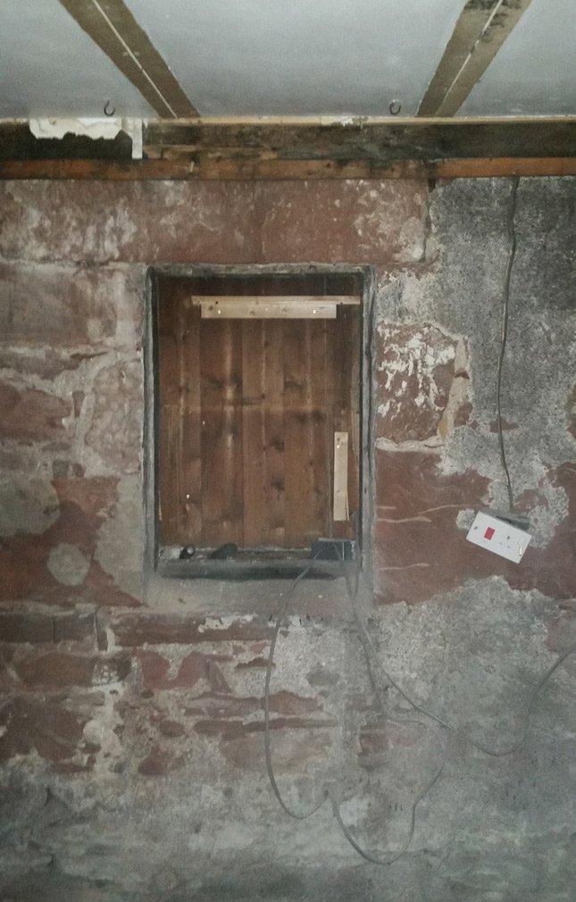 Window-wall-reveal