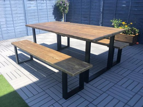 Industrial-garden-table